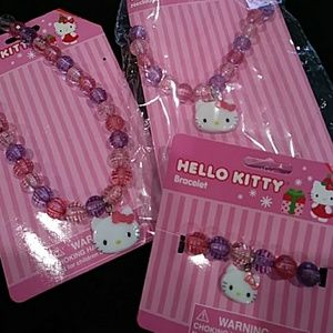 NWT Hello Kitty necklace bracelet set